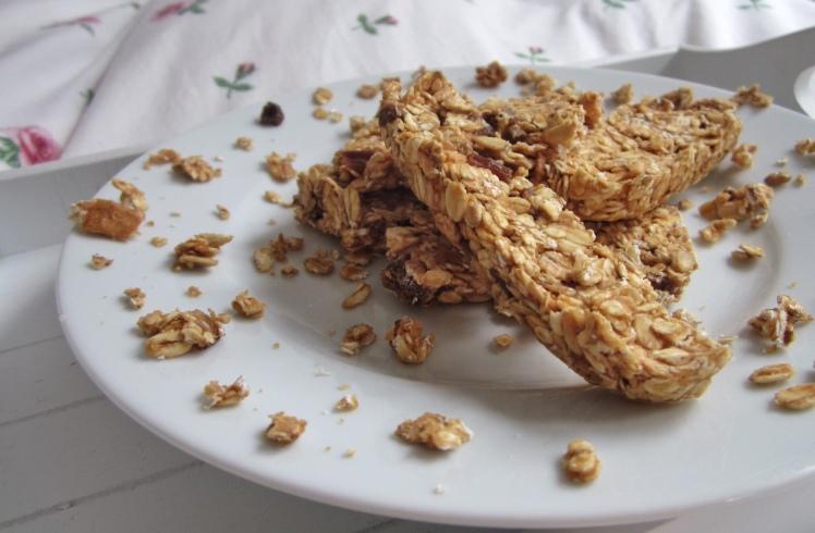 Barre de céréales crues avec 3 ingrédients