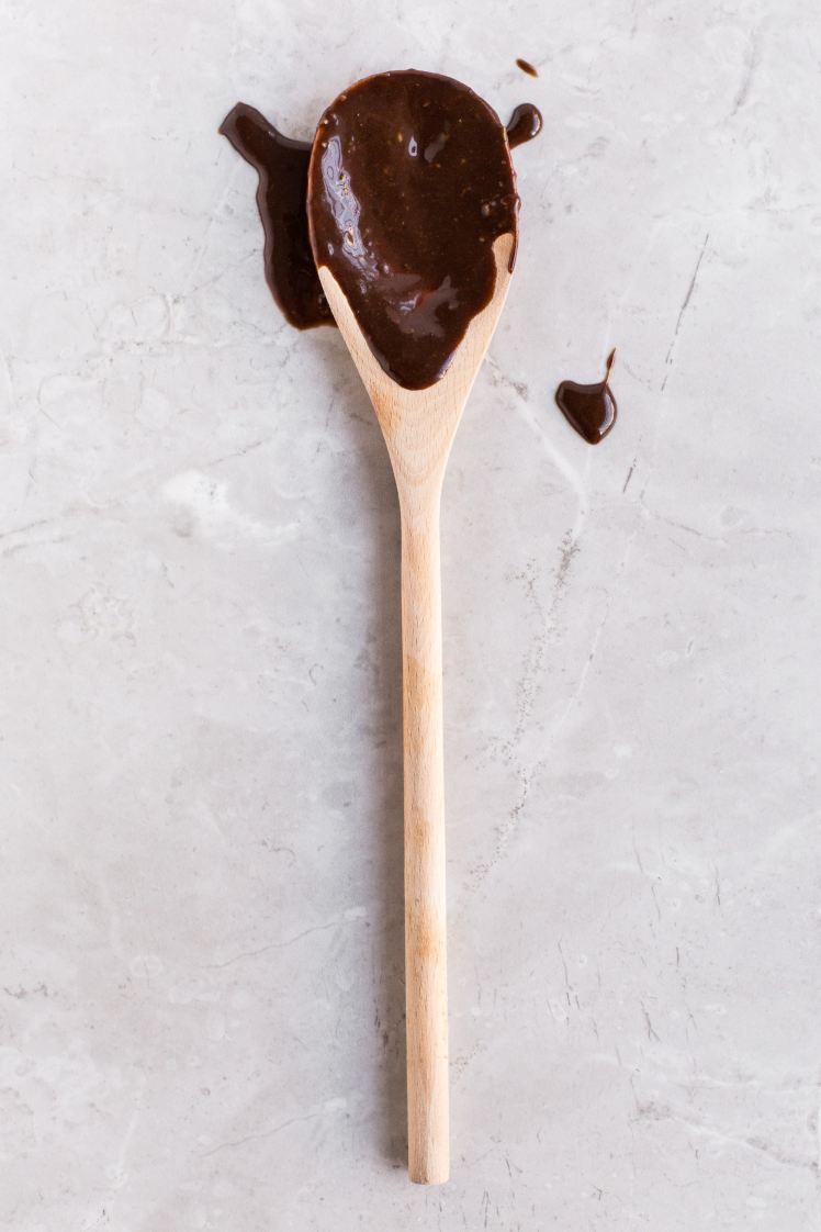 Shampoing sec maison : du cacao pour se nettoyer les cheveux ? - Pêche & Eglantine